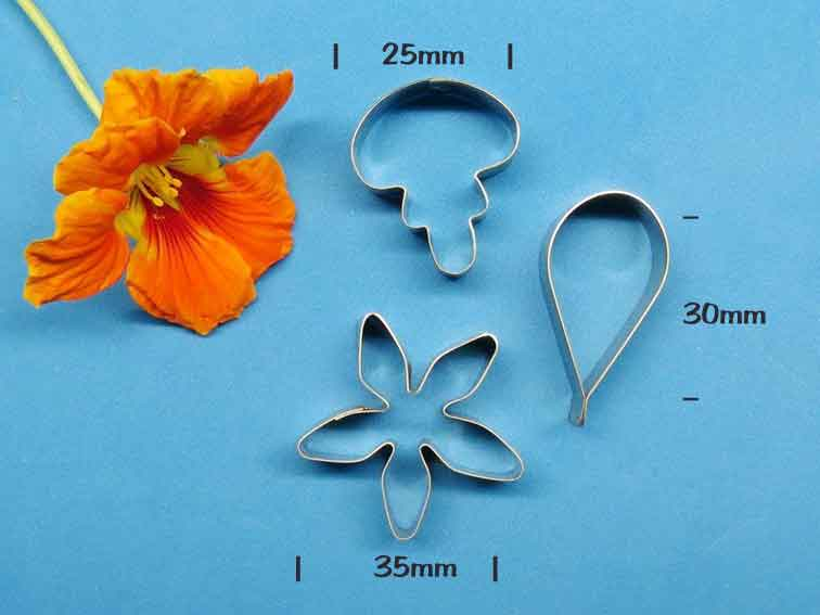 Nasturtium Cutters - set of 3